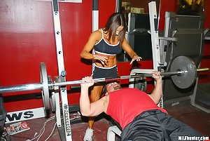 Short-haired and really tanned sporty chick gets fucked after the gym